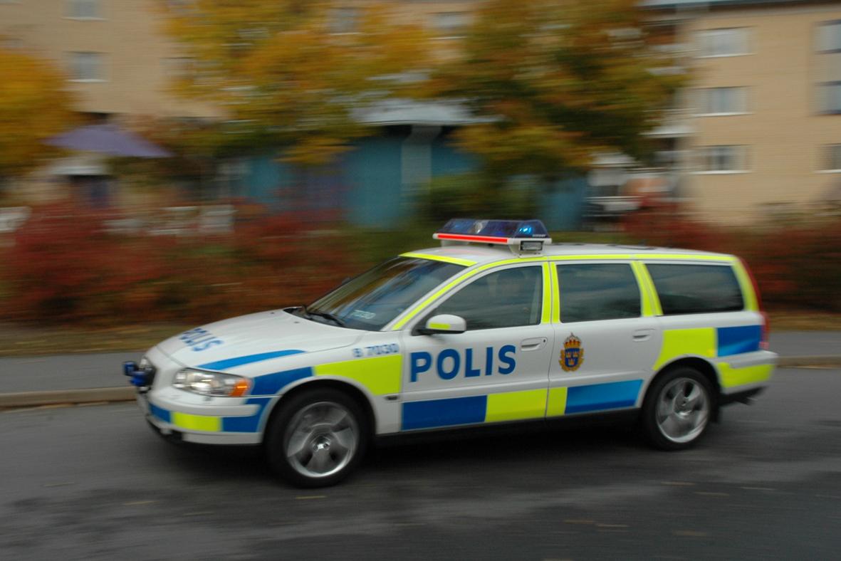 Riktiga poliser och trafikpoliser…